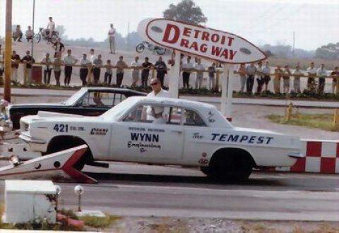1963_Pontiac_LeMans_Tempest_Super_Duty_Detroit_Dragway_1