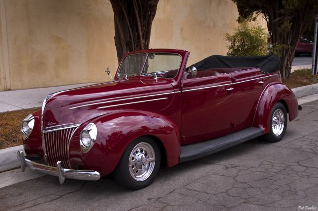 1939 Ford Deluxe Fordor Convertible Sedan - maroon - fvl