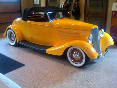 20119019-589-1933-Ford-Roadster