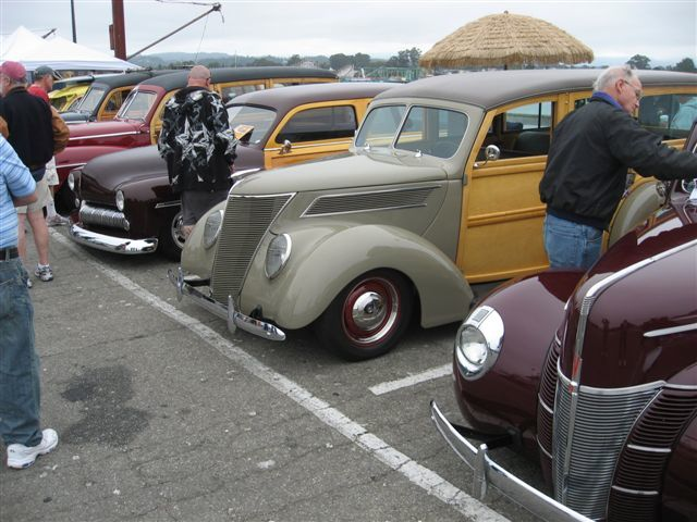 Woodies on the Warf 2010 002