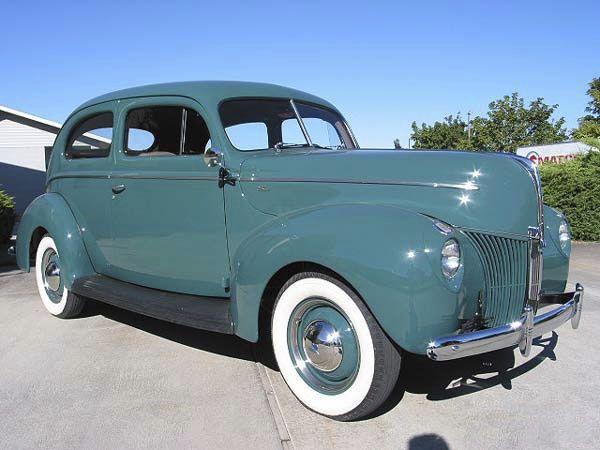 1940-Ford-Two-Door-Standard-Sedan-Restored-Exterior-06